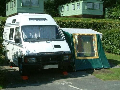 Renault Trafic T1000 Camper Van